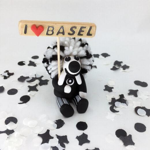 Waggis Fimo sitzend I love Basel Basler Fasnacht